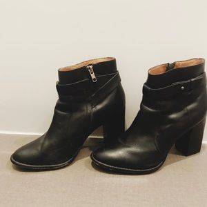 Madewell The Sammie boot black leather Size 10